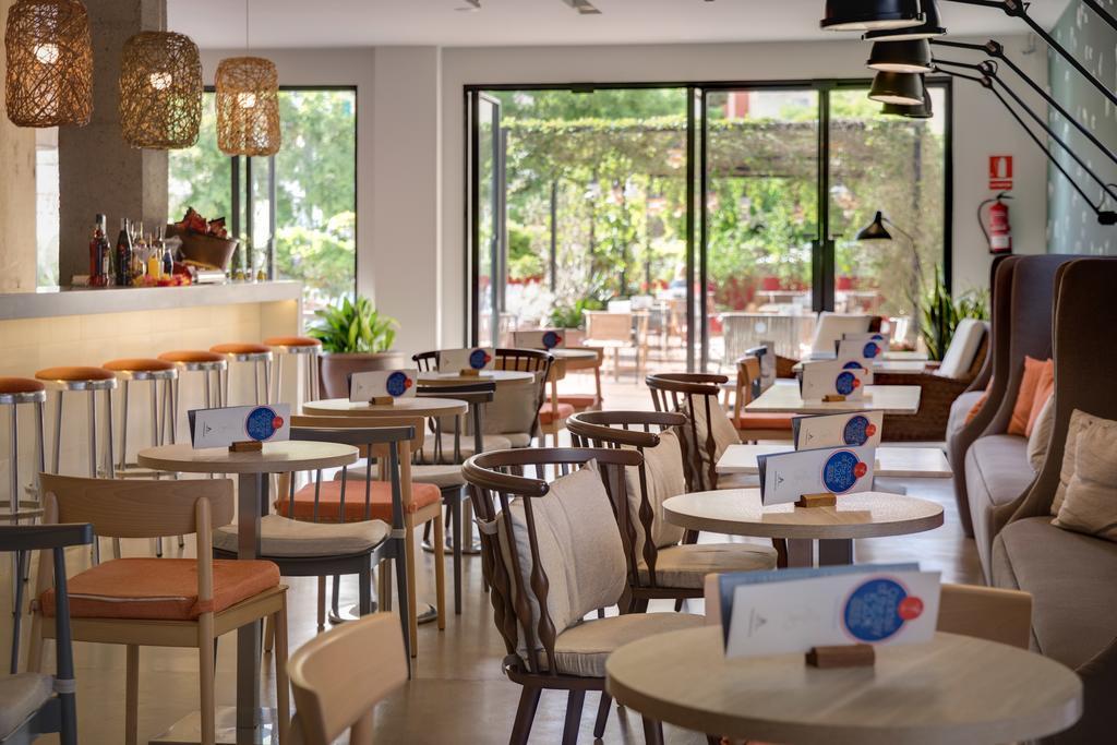 Відгуки туристів Aqua Hotel Bertran Park