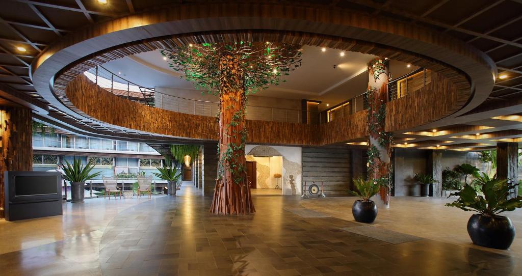 The Crystal Luxury Bay Resort, Нуса-Дуа, Индонезия, фотографии туров