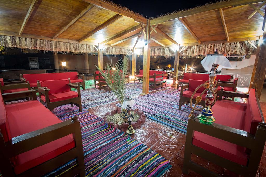 Горящие туры в отель Sharming Inn Hotel 4* Шарм-эль-Шейх