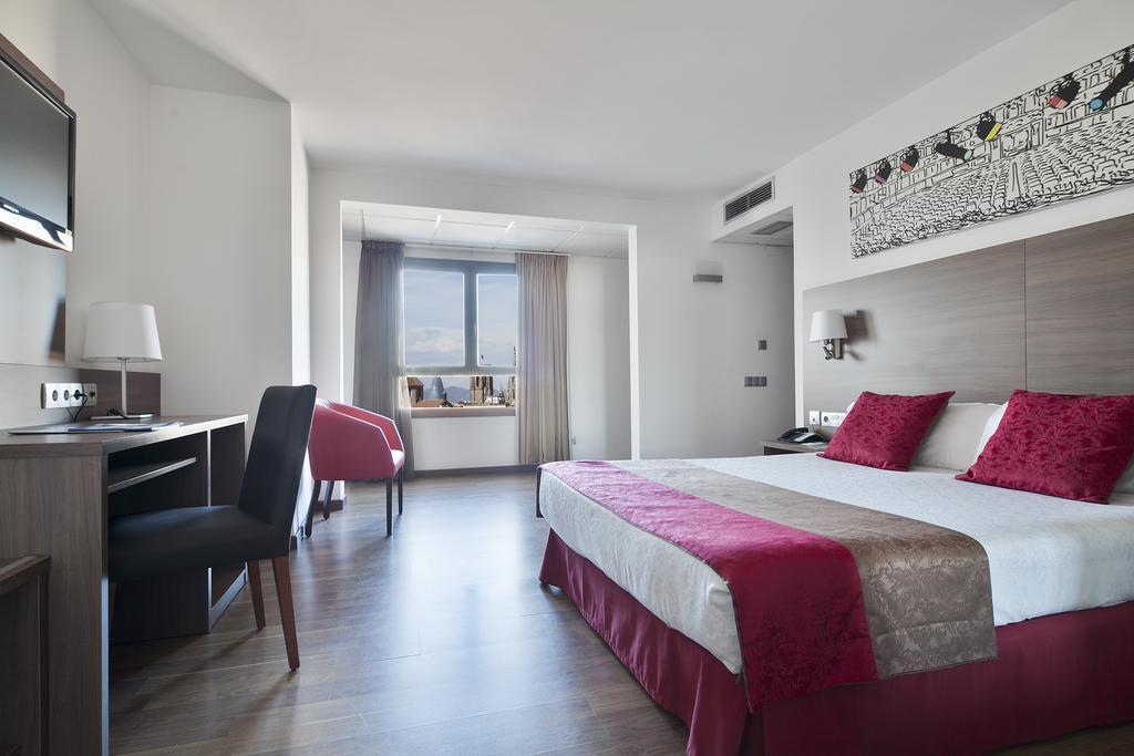 Горящие туры в отель Auto Hogar Барселона
