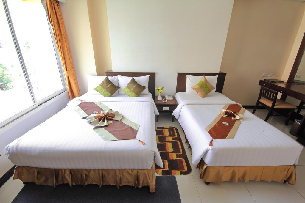 Паттайя Aiyara Palace Hotel цены