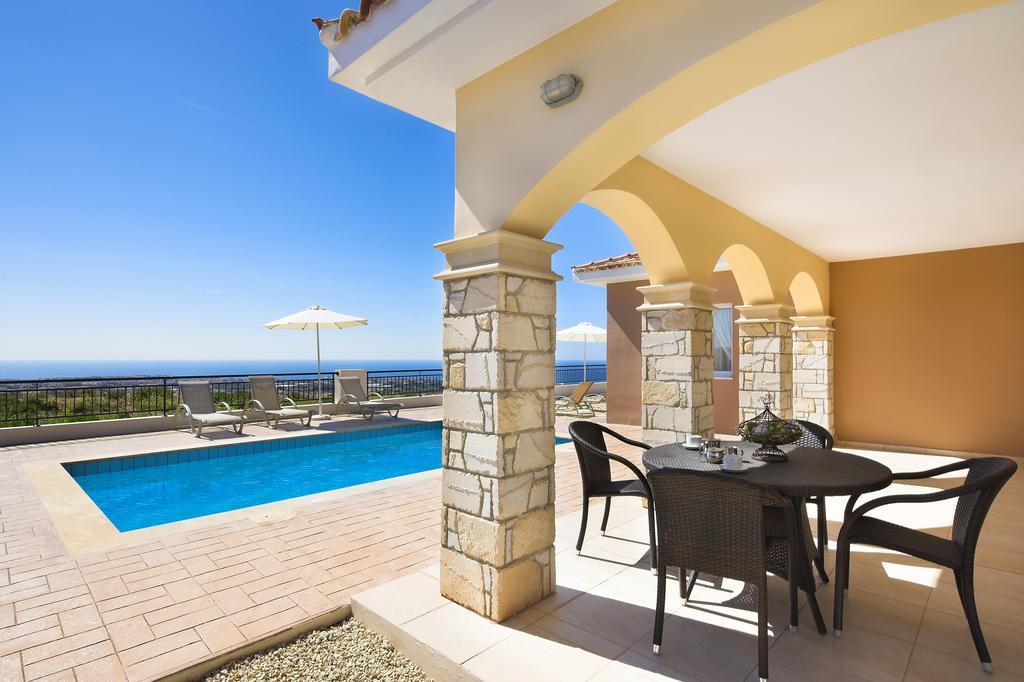 Туры в отель Club St George Apts Пафос Кипр