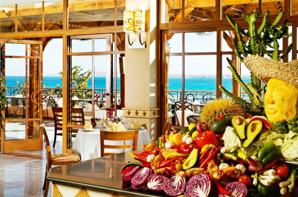 Відпочинок в готелі Beach Albatros Resort Хургада