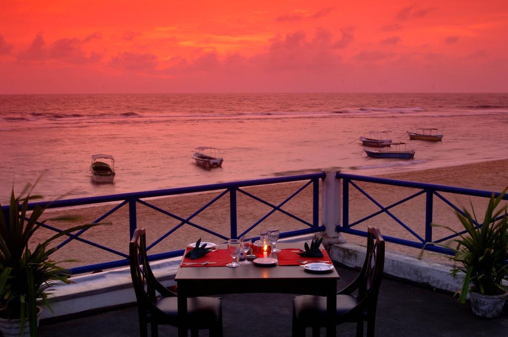 Цены в отеле Coral Sands