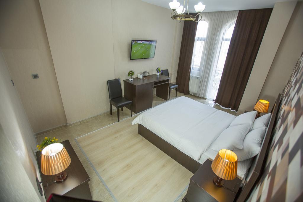 Відпочинок в готелі Ire Palace Батумі Грузія