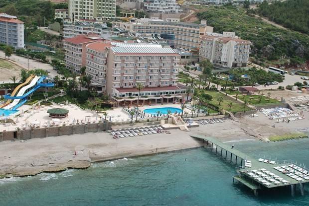 Mirador Resort & Spa фото туристів