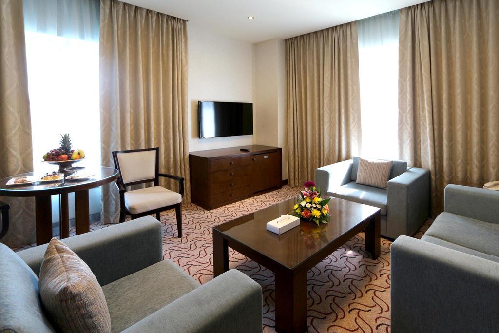 Отдых в отеле Samaya Hotel Deira