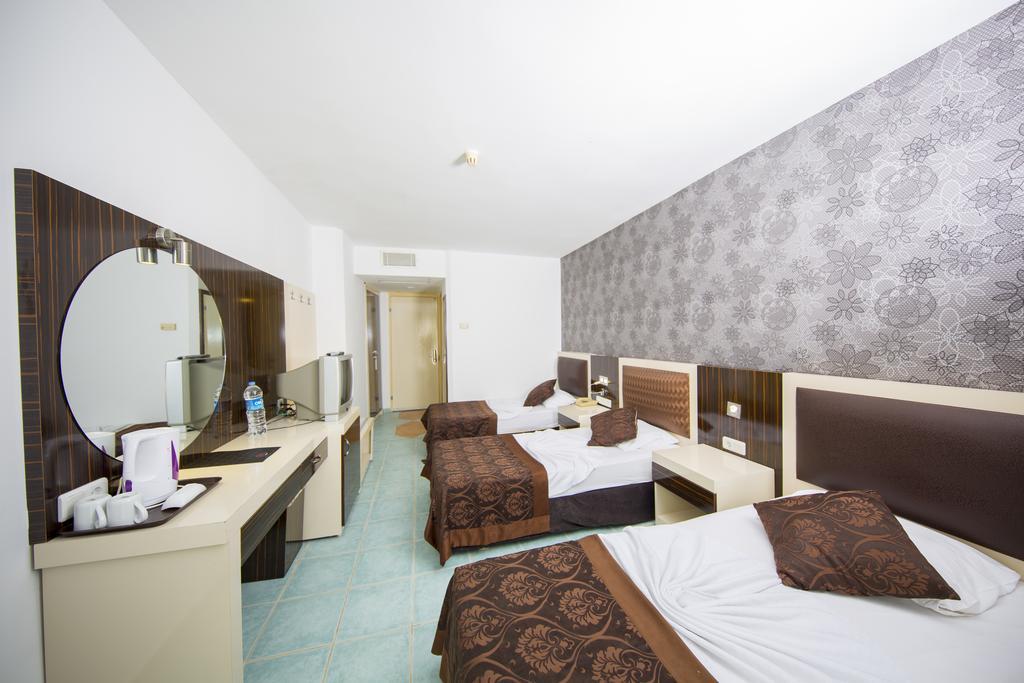 Туры в отель First Class Hotel Аланья