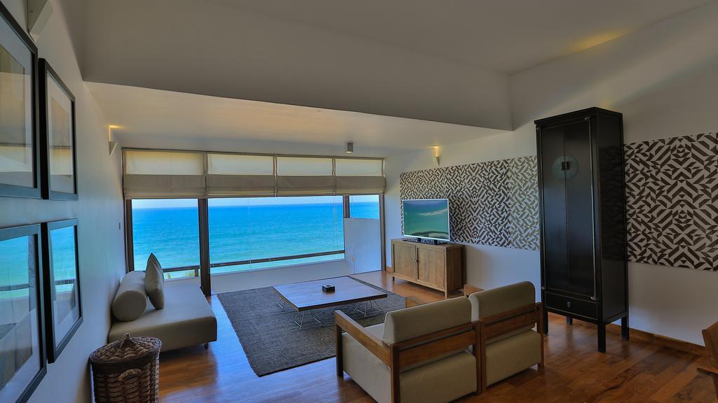 Отдых в отеле Pandanus Beach Resort Индурува