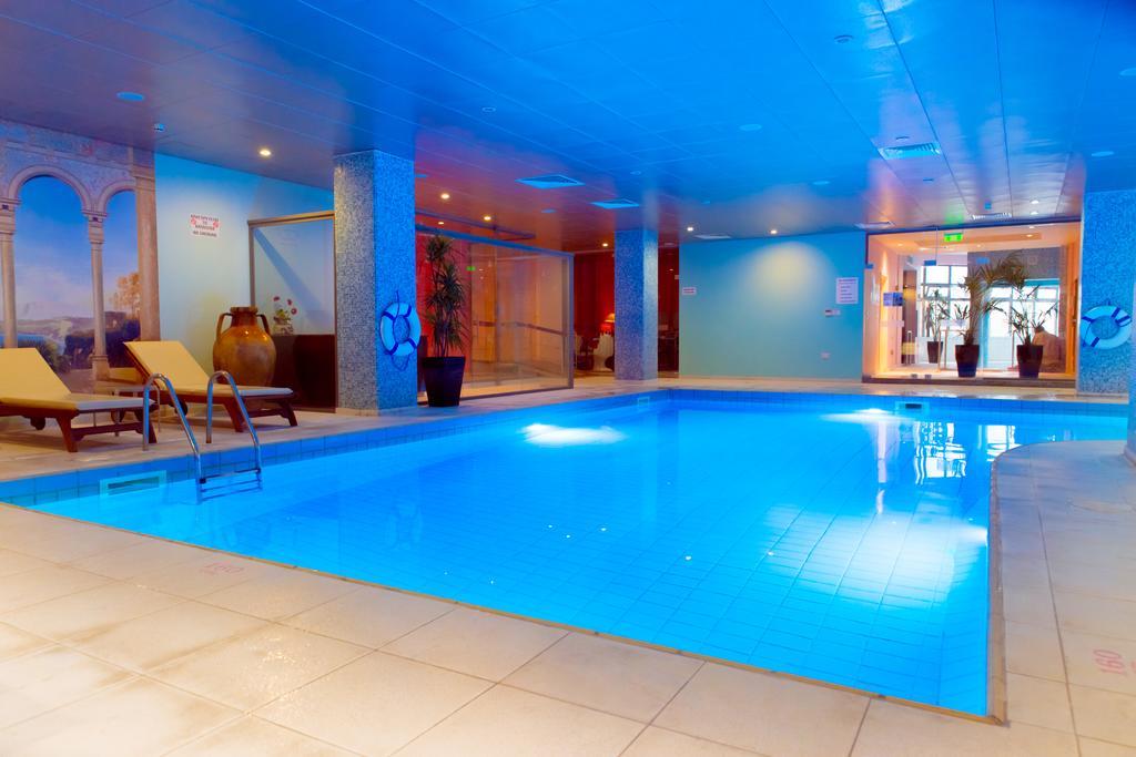 Цены в отеле St.George Hotel Spa & Golf Beach Resort