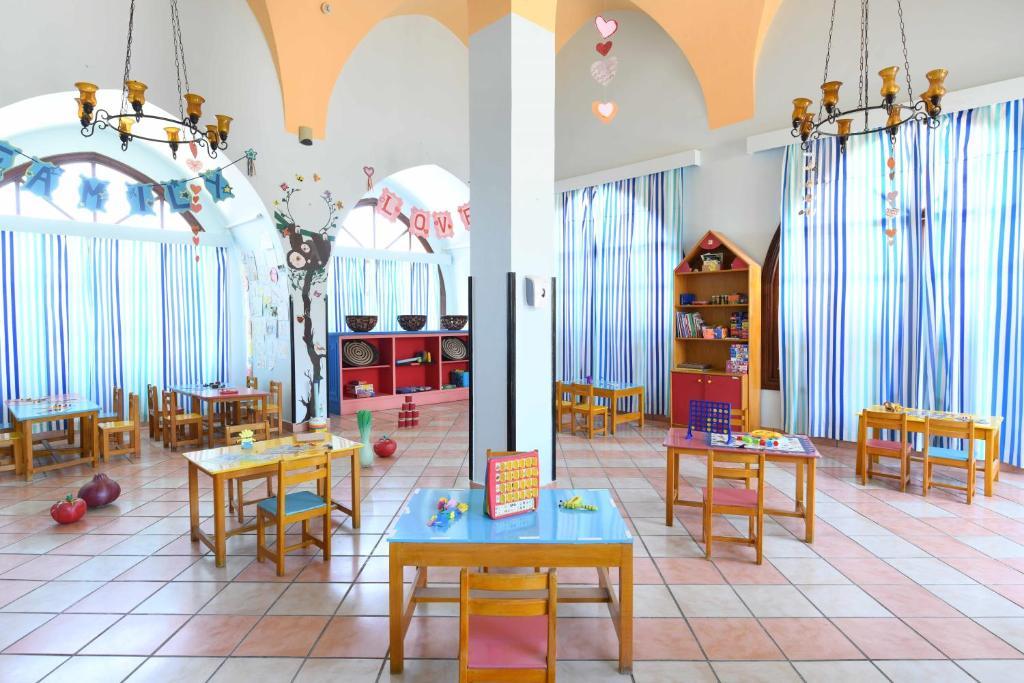 Ціни, Club Magic Life Sharm El Sheikh