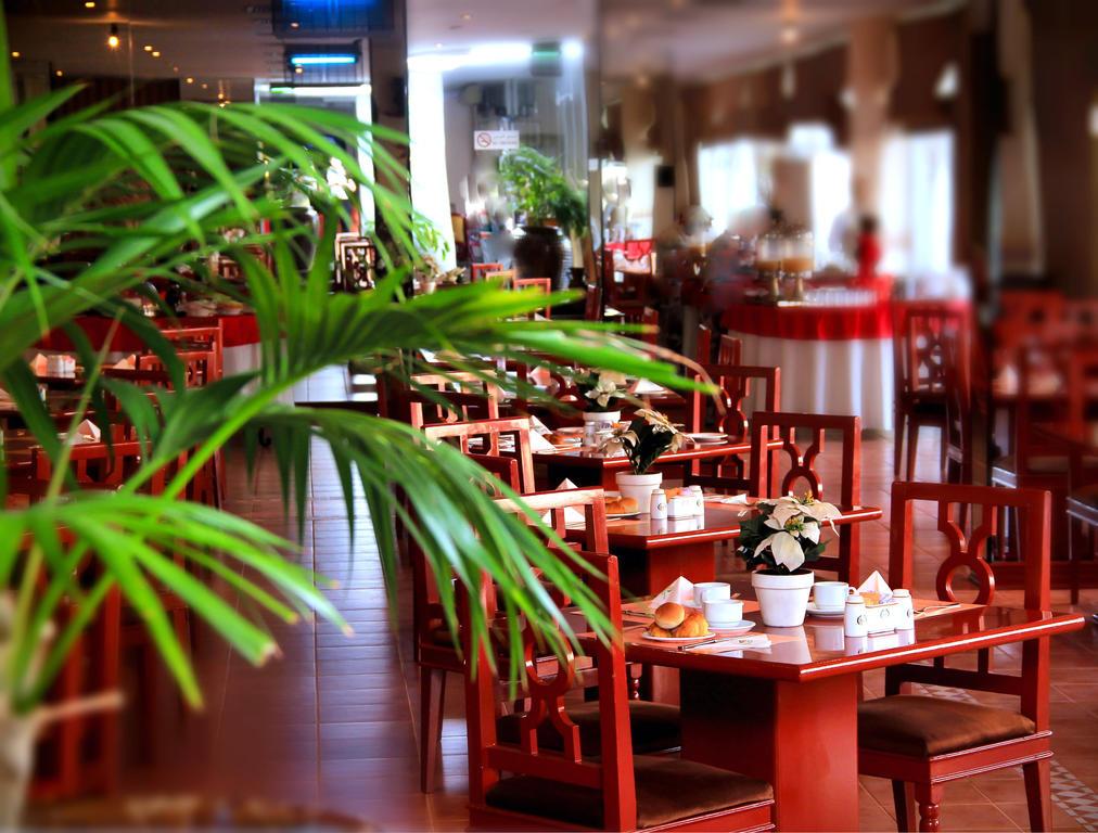 Nova Park Hotel, Шарджа