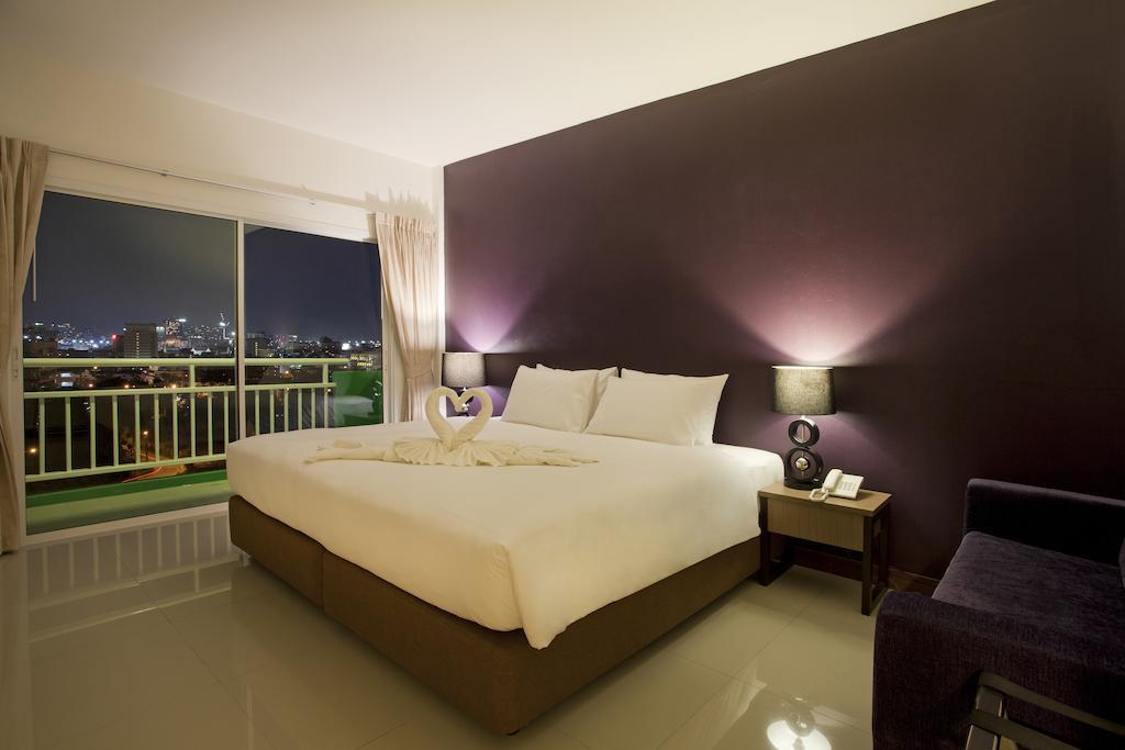 Паттайя Wiz Hotel цены
