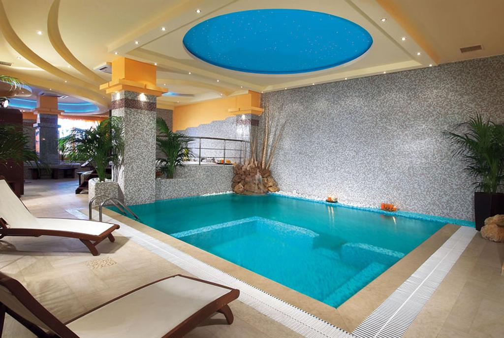 Alexandros Palace Hotel & Suites, 5