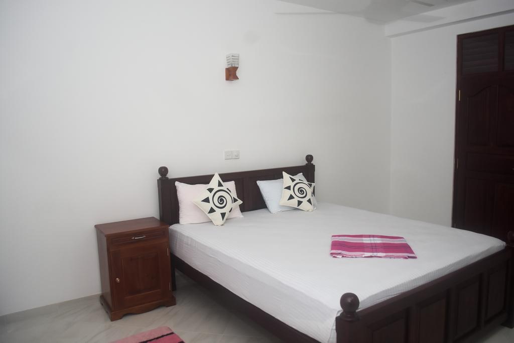 Шри-Ланка Villa De White Sambur