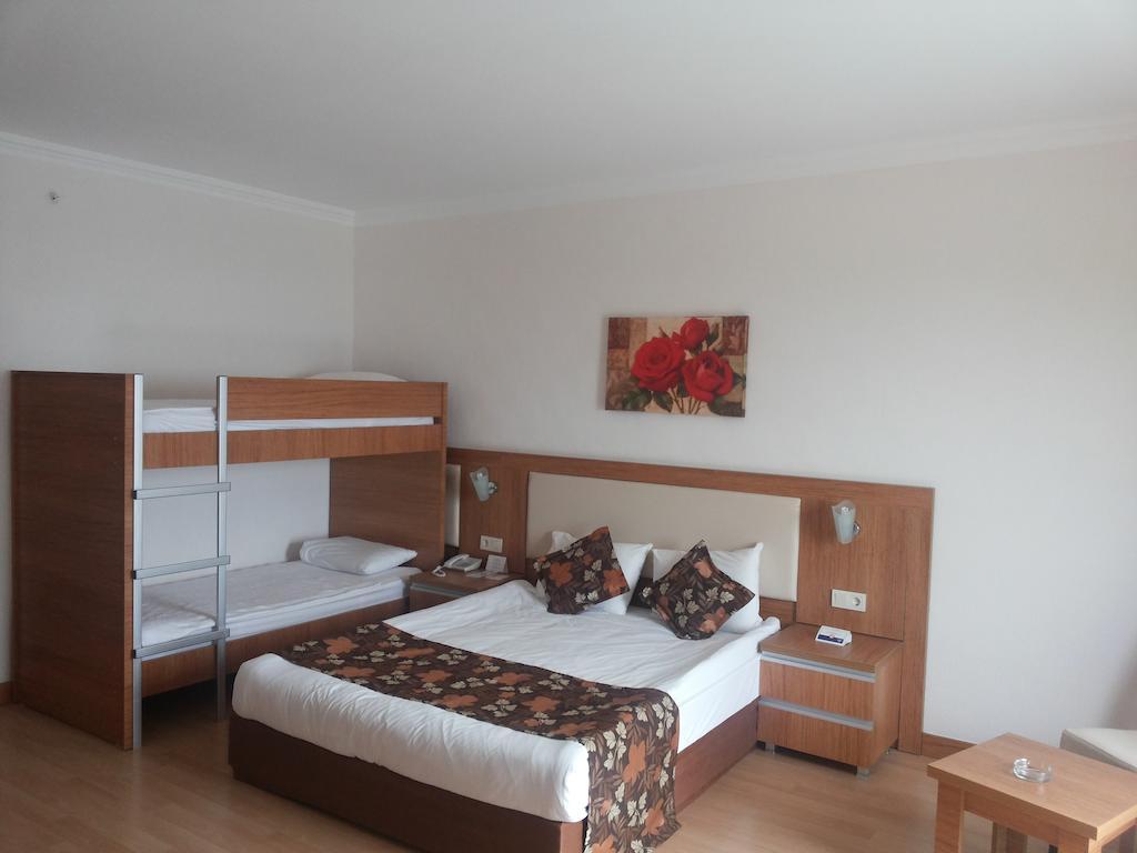 Отдых в отеле Hotel Cenger Beach