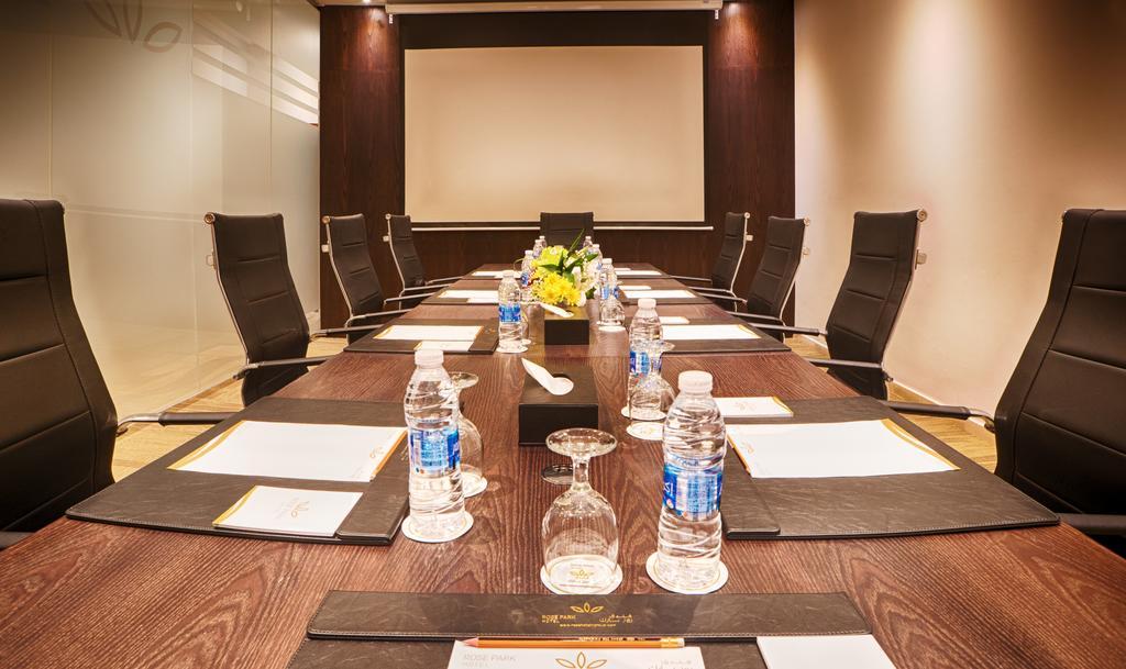 Відгуки гостей готелю Rose Park Hotel Al Barsha