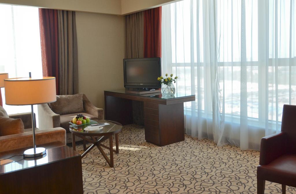 Відгуки про відпочинок у готелі, Khalidiya Palace By Rotana