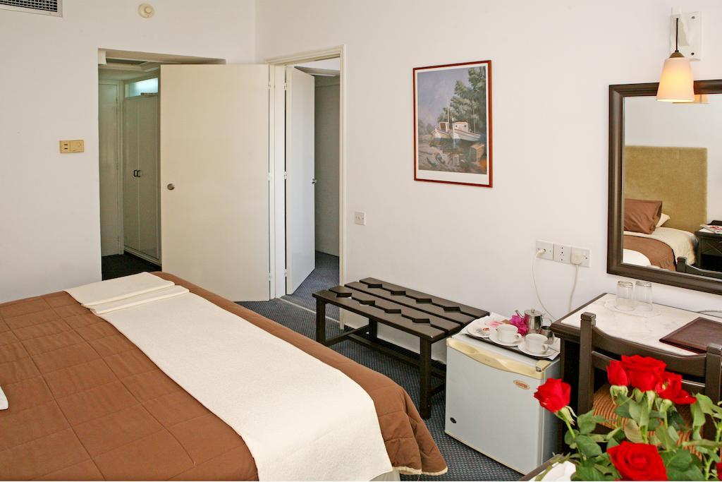 Отзывы об отеле Navarria Hotel