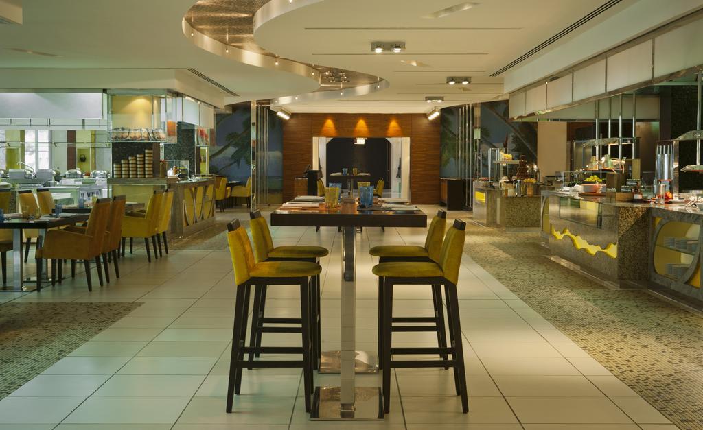 Відпочинок в готелі The Westin Dubai Mina Seyahi Beach Resort&Marina Дубай (пляжні готелі) ОАЕ