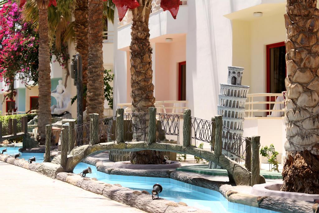 Отзывы об отеле Minamark Beach Resort