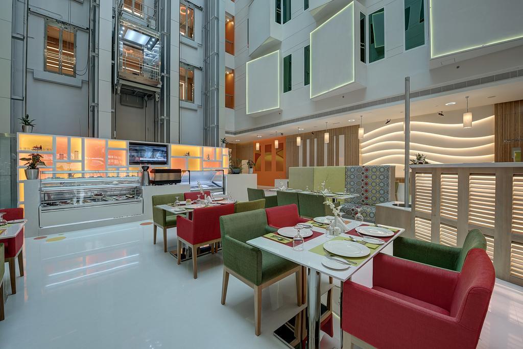 Al Khoory Atrium Hotel, фото