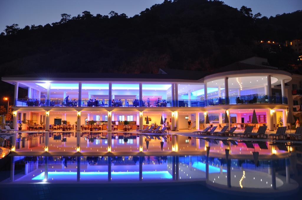 Тури в готель Montebello Resort Hotel