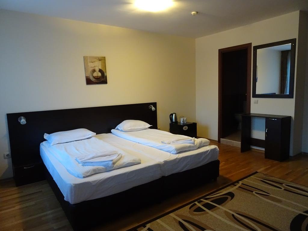 Отель, All Seasons Club Apart-Hotel