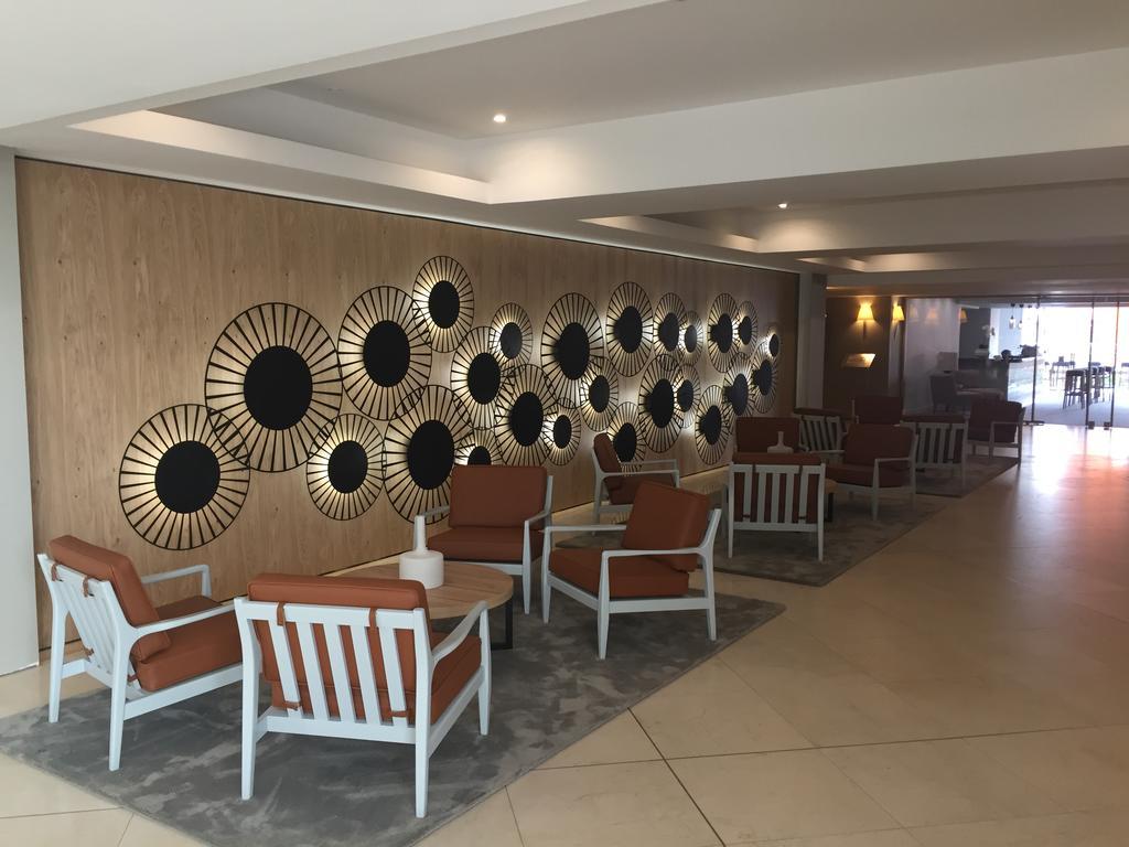 Відпочинок в готелі Yellow Monte Gordo