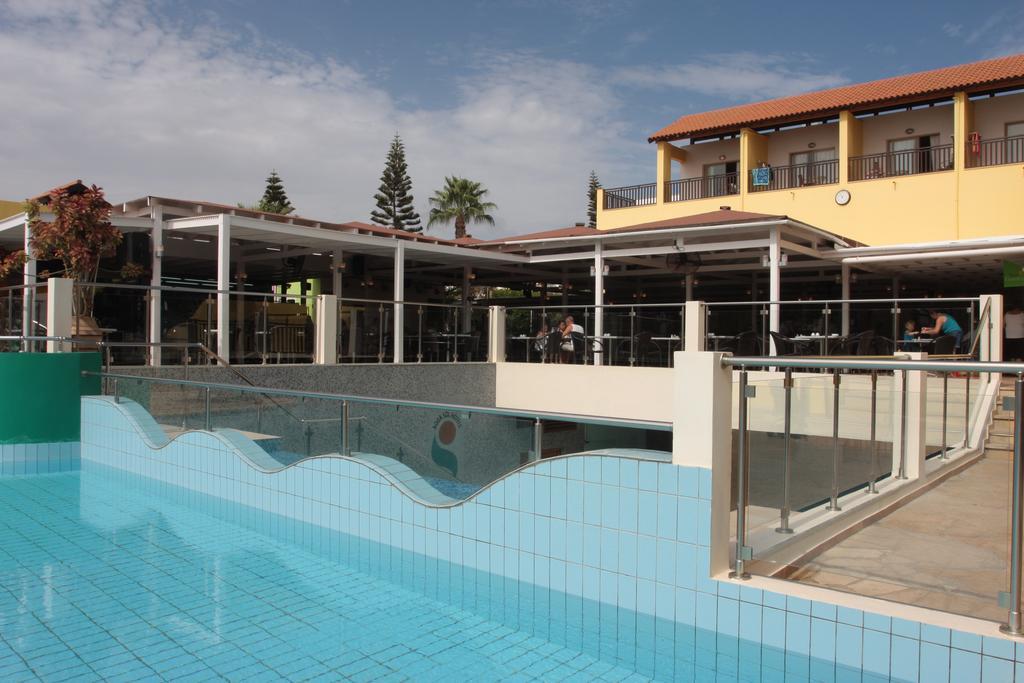 Туры в отель Panthea Holiday Village Айя-Напа Кипр