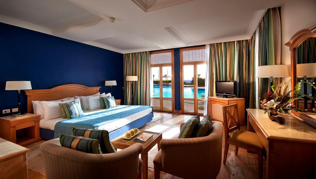 Туры в отель Reef Oasis Beach Resort