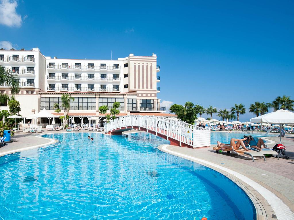 Горящие туры в отель Constantinos The Great Hotel