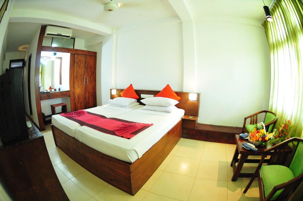 Туры в отель Lanka Super Coral Хиккадува