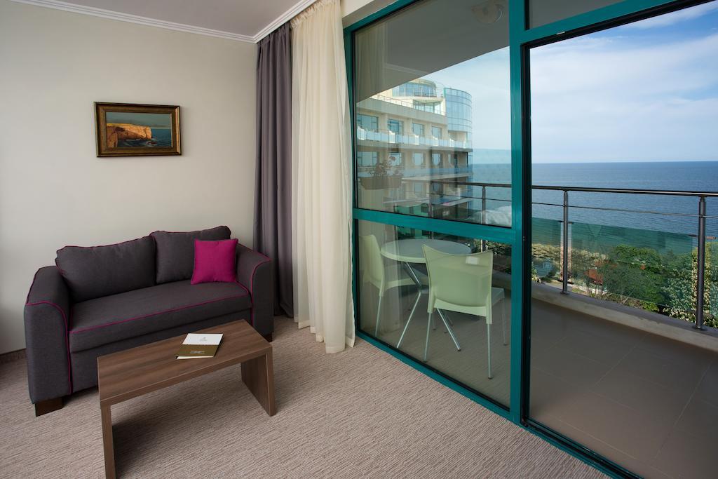 Отдых в отеле Marina Grand Beach