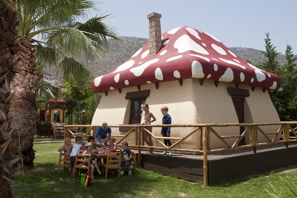 Відпочинок в готелі Star Beach Village & Water Park