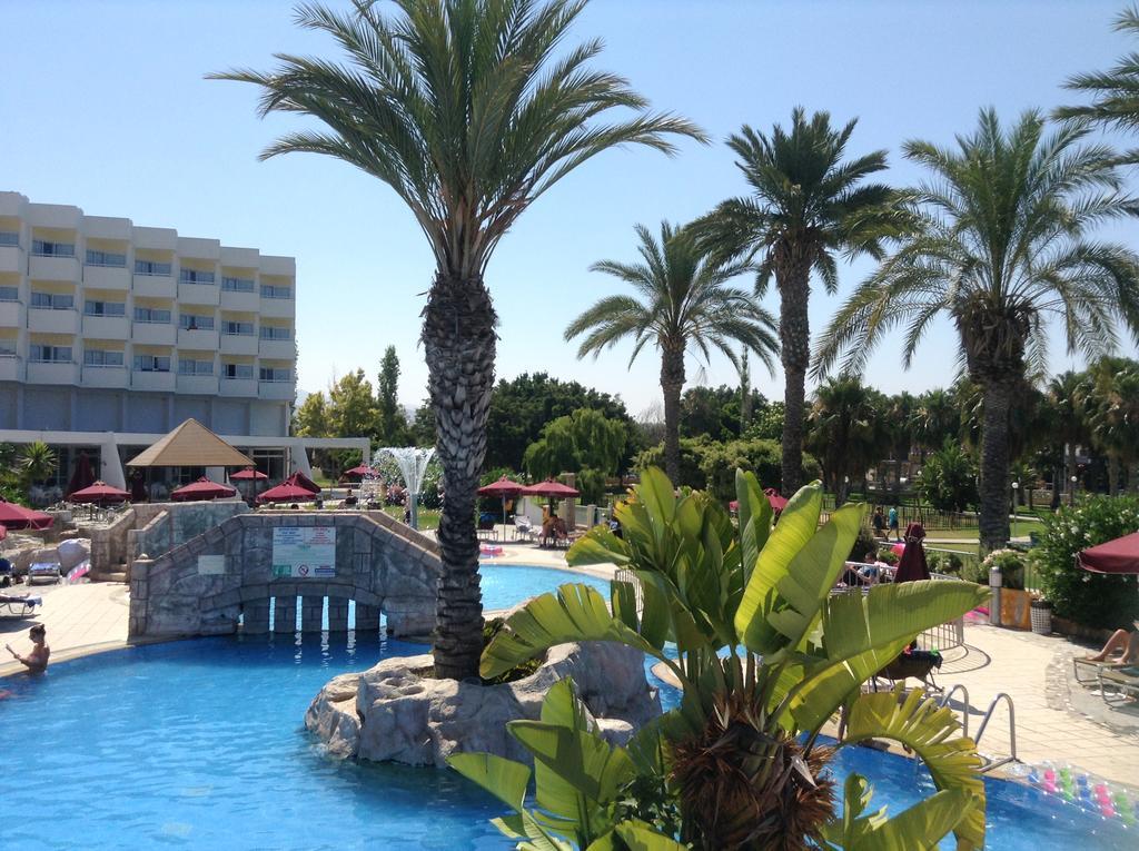 Crown Resort Horizon Hotel, Пафос цены
