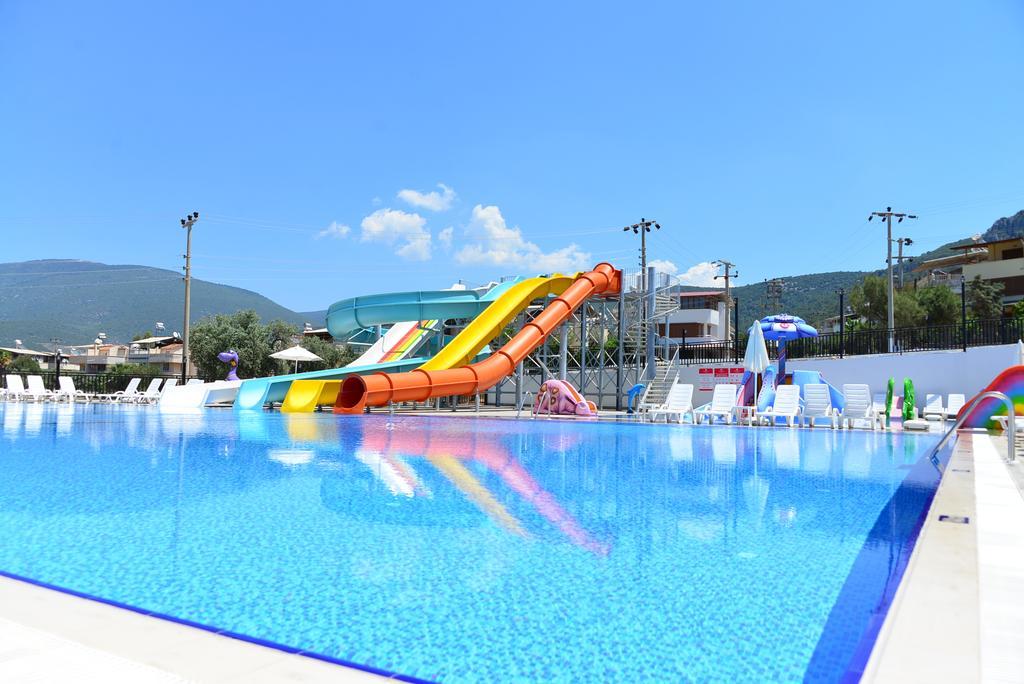 Фото готелю Ramada Resort Akbuk