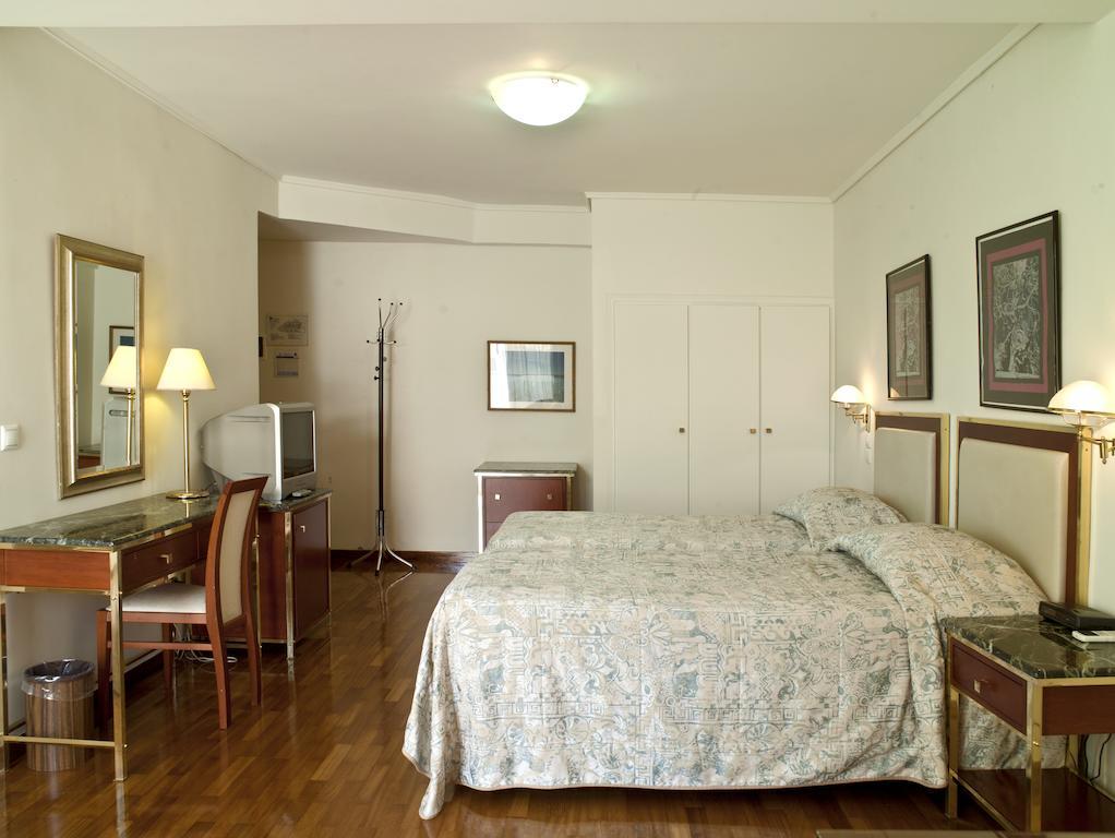 Best Western Ilisia Hotel фото и отзывы