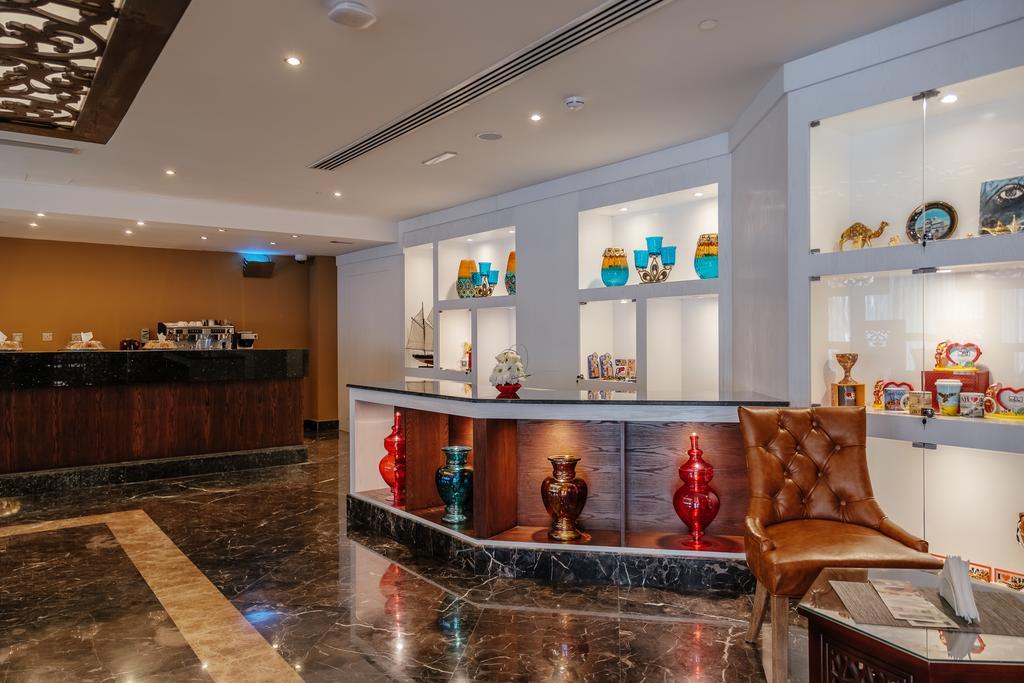 Отель, Tulip Inn Al Khan Hotel
