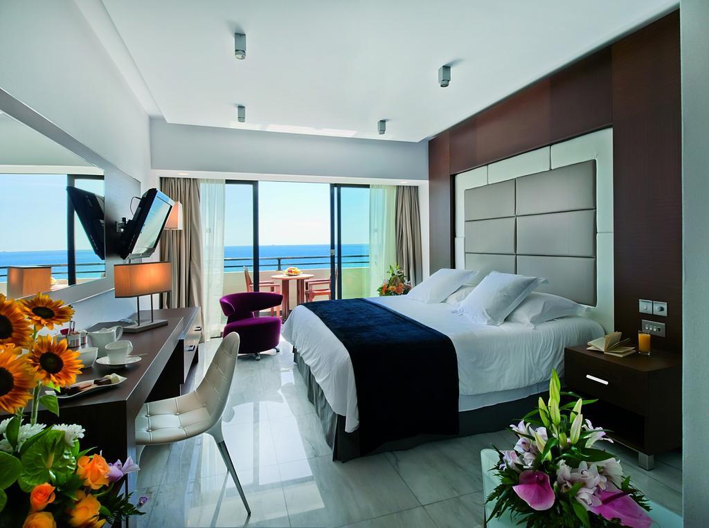 Туры в отель Amathus Beach Hotel