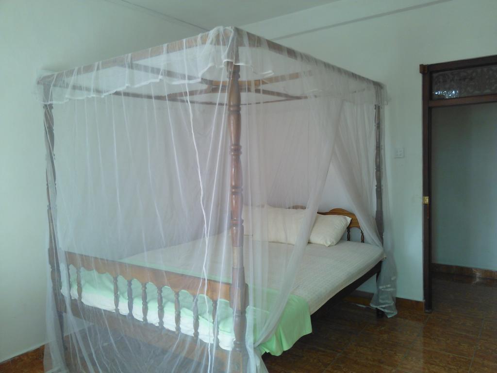Горящие туры в отель Serendipity Beach Hotel Унаватуна