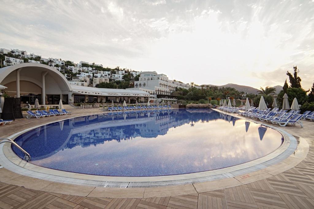 Відпочинок в готелі Yasmin Bodrum Resort (ex. Yasmin Bodrum Deluxe)