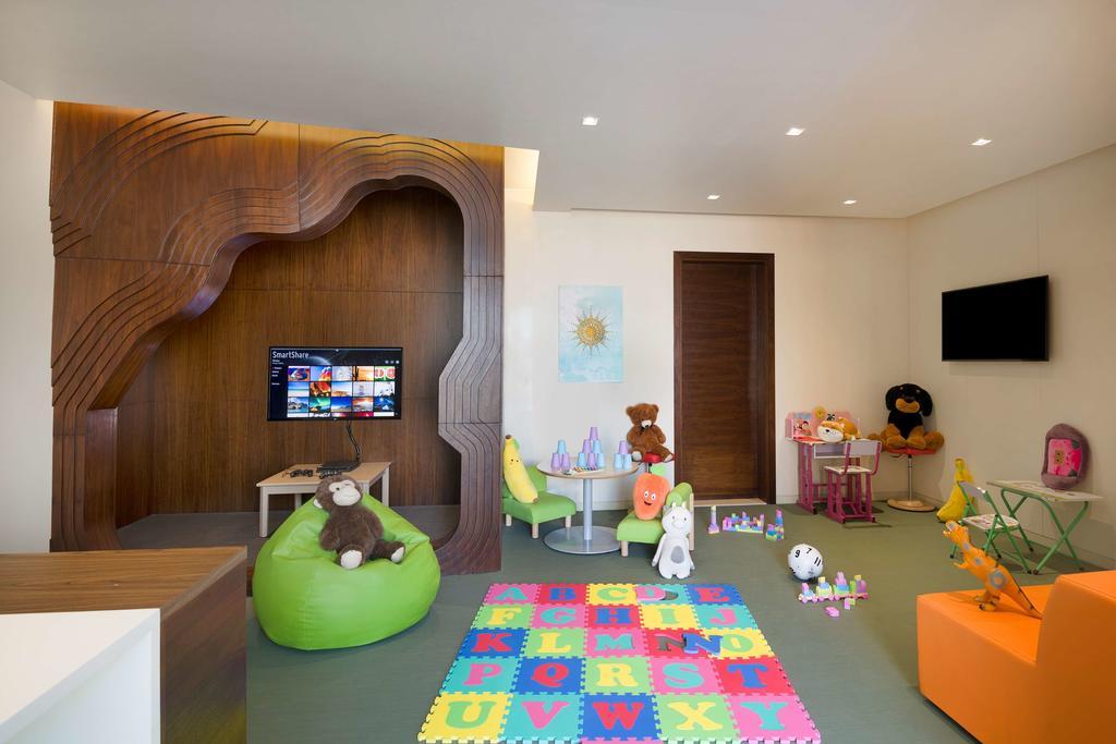 Фото отеля Hyatt Place Dubai Wasl District.