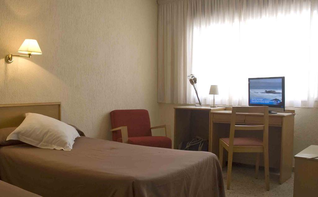 Горящие туры в отель Leuka Коста-Бланка Испания