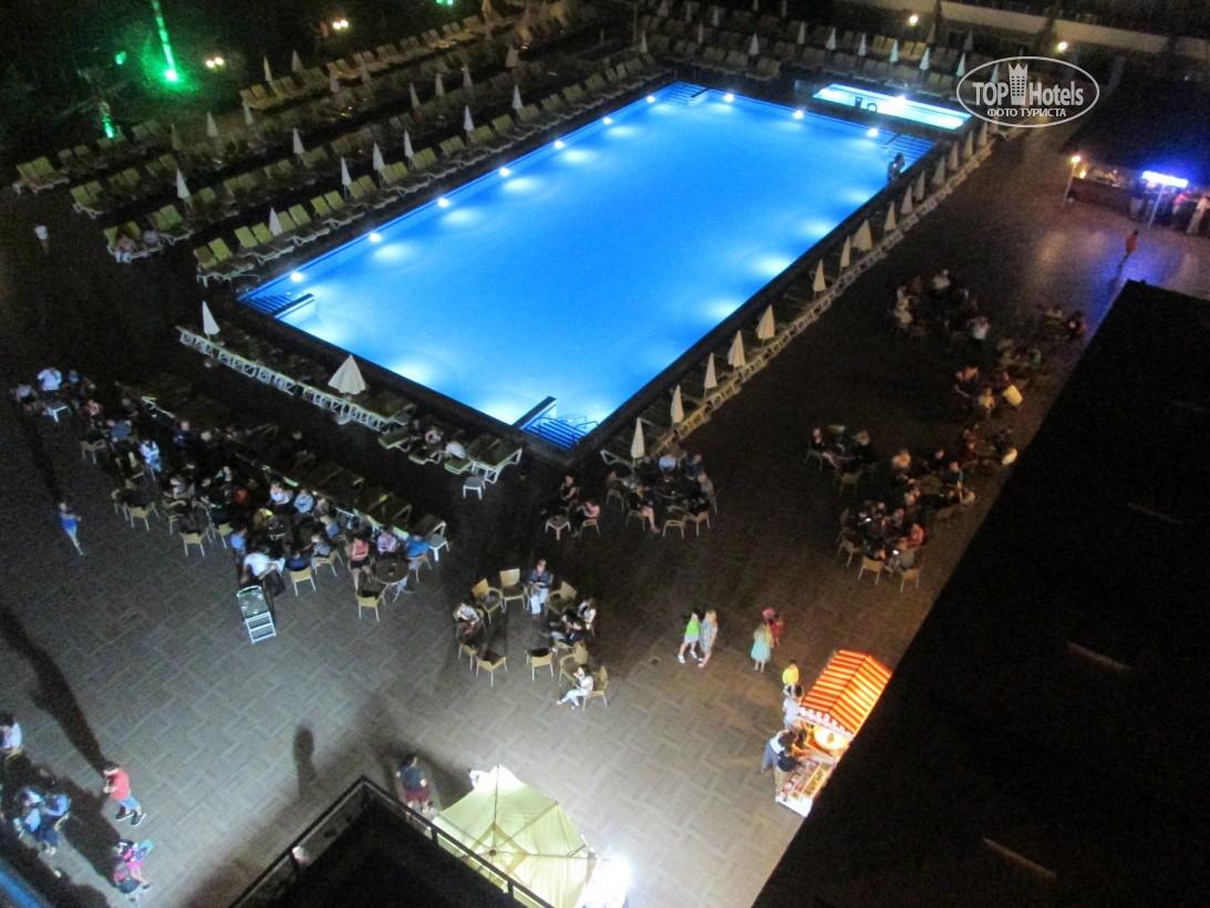 Відгуки туристів Eftalia Splash Resort
