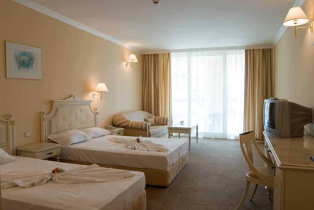 Горящие туры в отель Marina Beach