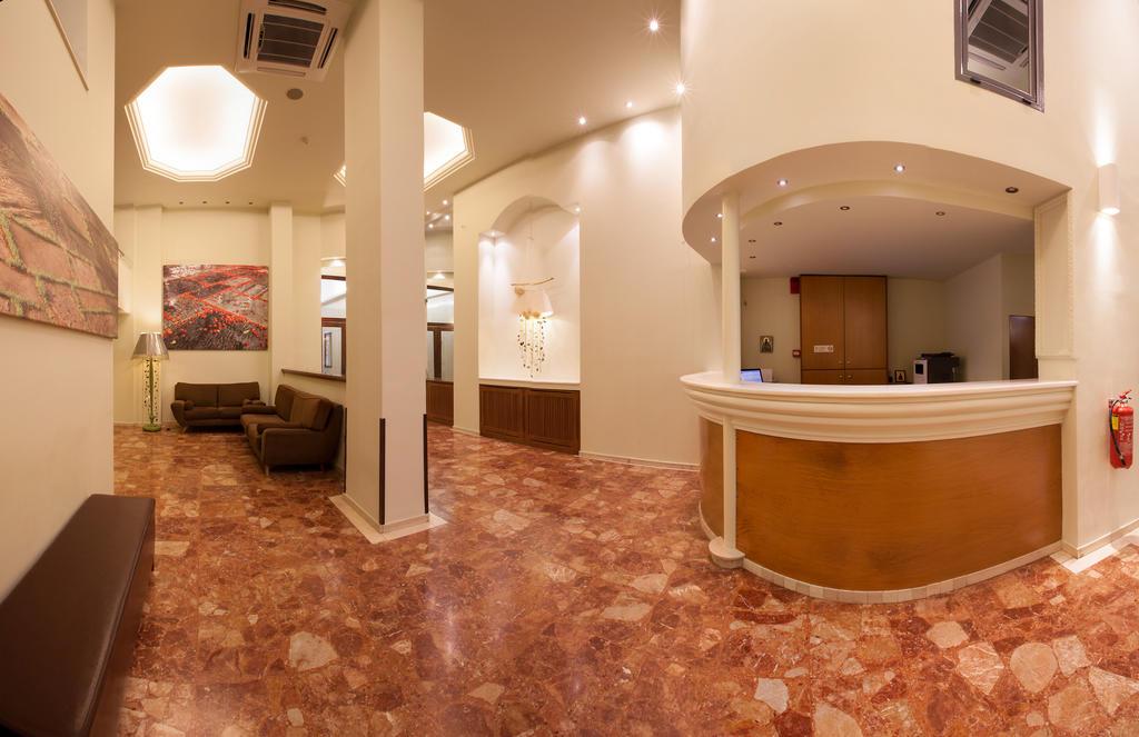 Отзывы туристов Marina Hotel Athens