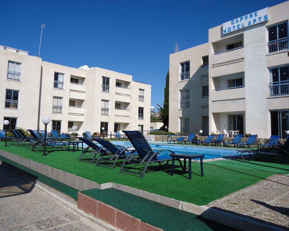 Отдых в отеле Daphne Hotel Apartments