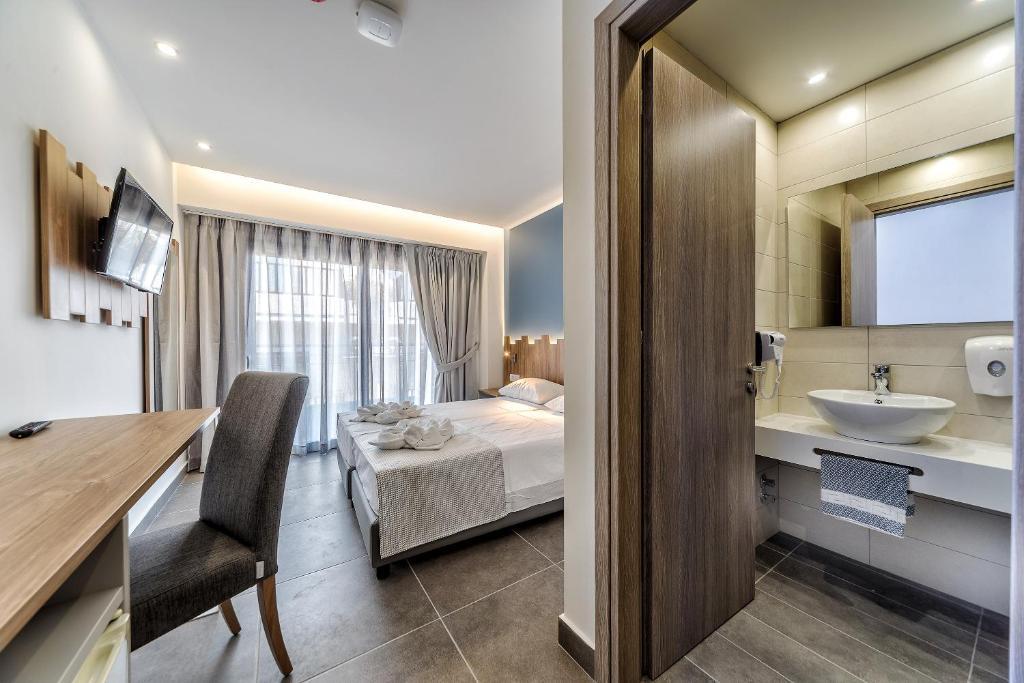 Гарячі тури в готель Pollis Hotel Іракліон Греція