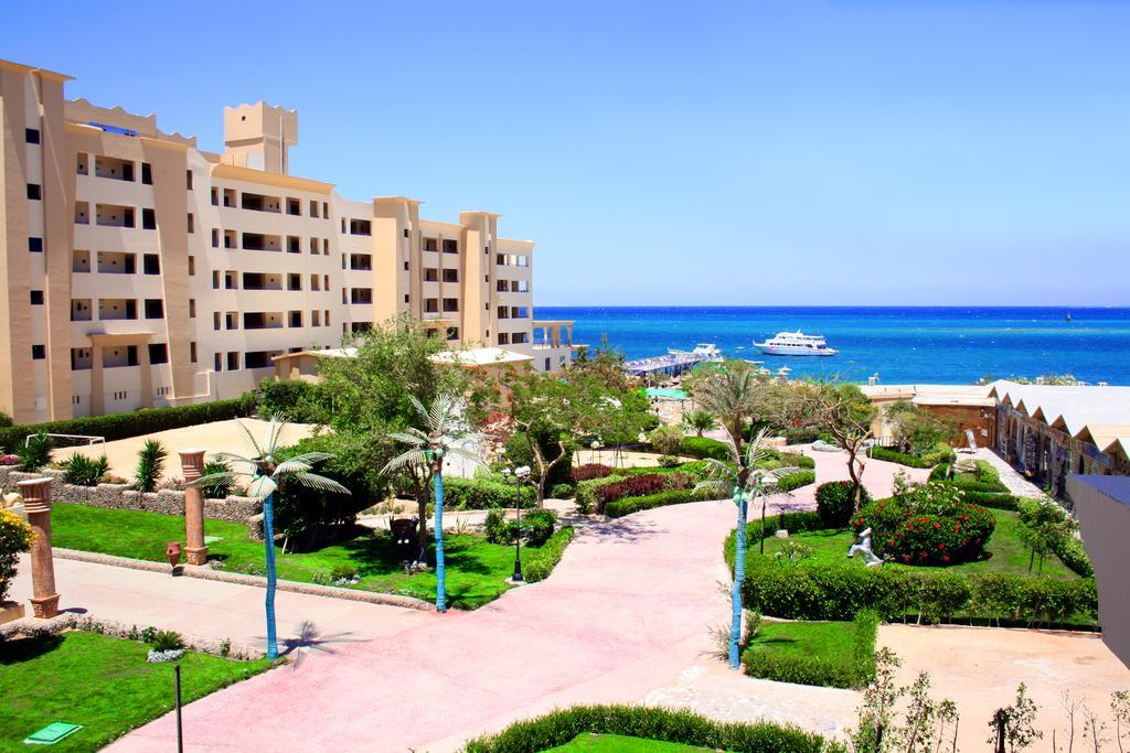 Египет King Tut Aqua Park Beach Resort